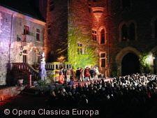 Oper auf Schloss Braunfels.