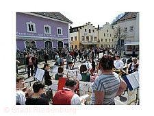 Weißer-Sonntag-Markt